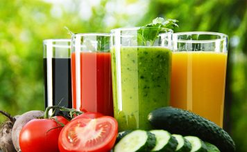 5 DIY Detox Drinks for Healthy Weight Loss